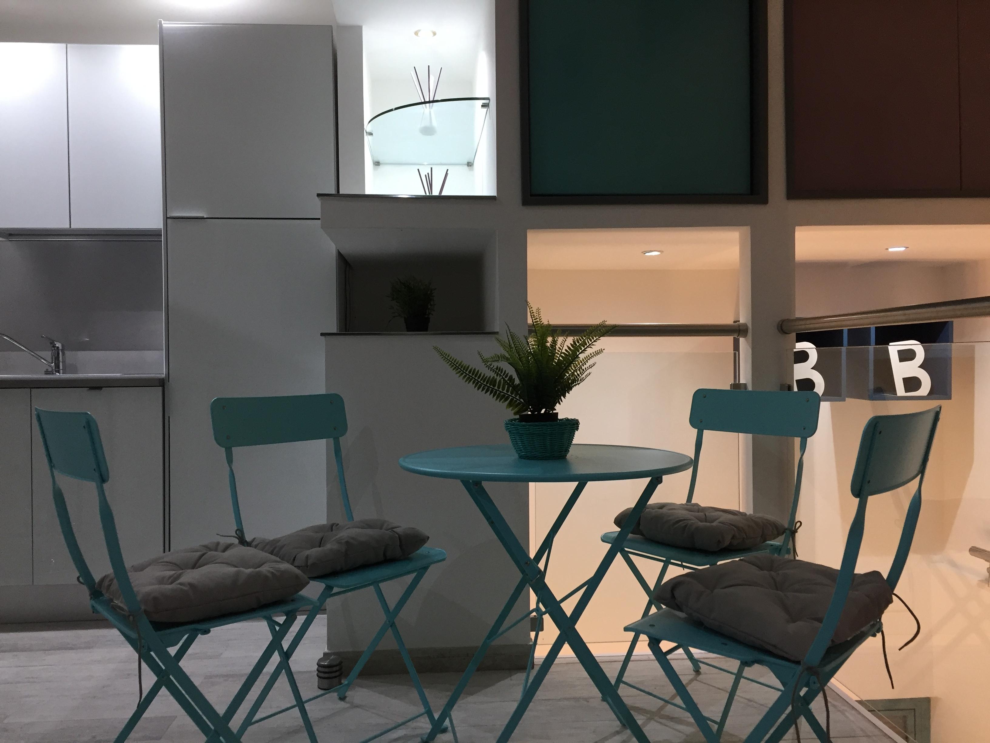 tavolino soggiorno residenza montesacro